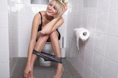 上厕所定要牢记八事项 防猝死